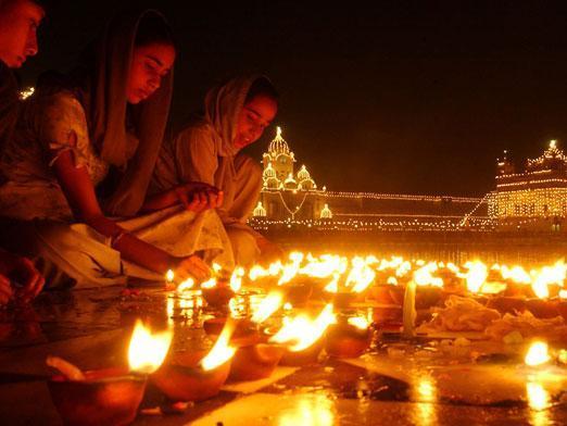 Картинки по запросу Индийский Новый год