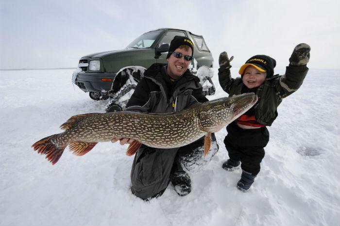 Скачать Зимнюю Рыбалку - фото 6