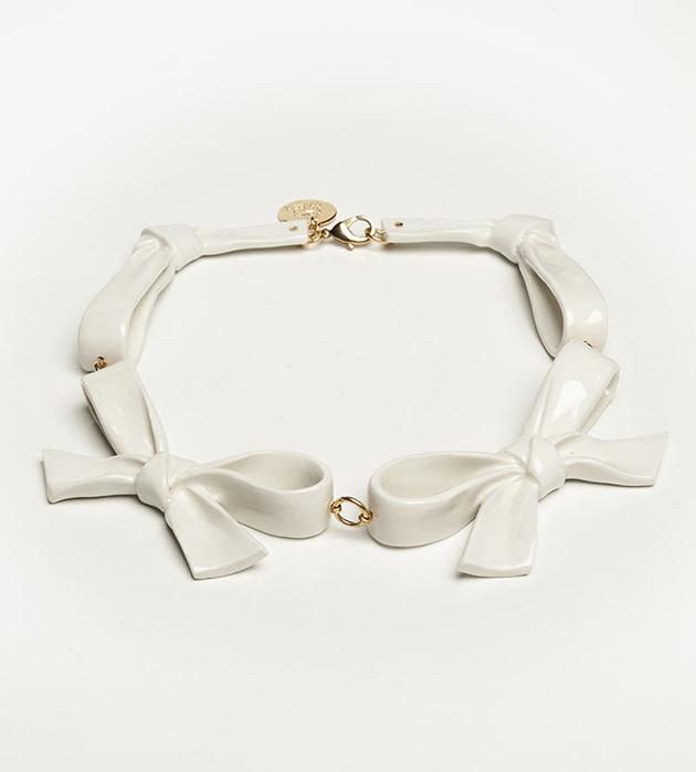 бижутерия из испанского фарфора от ANDRES GALLARDO Bow White