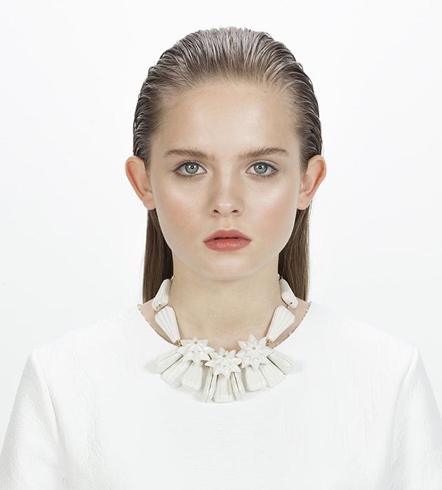 украшение из белоснежного фарфора от ANDRES GALLARDO - Diamond Star