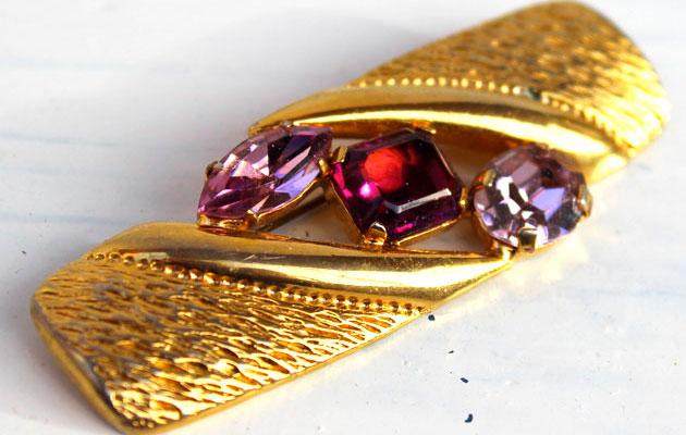 Купите винтажную массивную брошь из металла и кристаллов 70гг. Франция фото