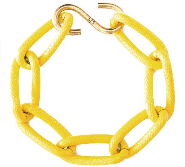 купите желтый браслет от Sister Sister Project
