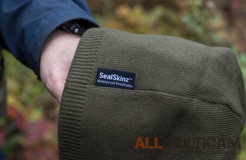 Обзор теплой мембранной шапки Waterprooff Beanie SealSkinz