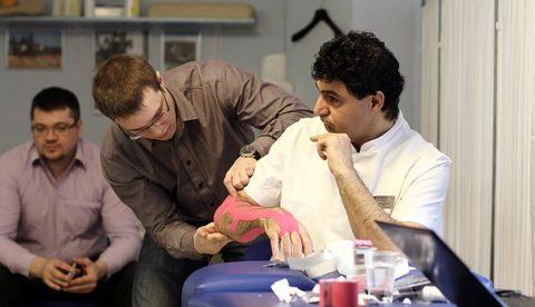 Eaglesports провел в клинике ECSTO мастер-класс по кинезиотейпированию