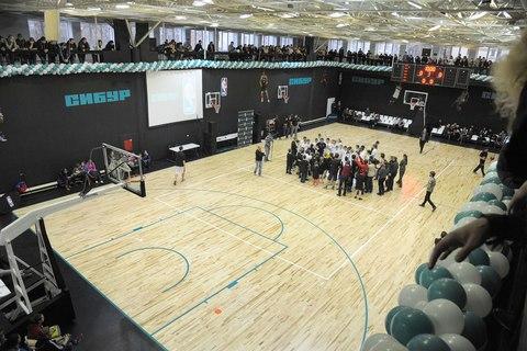 В Воронеже открылась баскетбольная площадка при поддержке Spalding