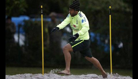 Как футболисты национальных сборных используют SKLZ в тренировках