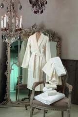 Элитный халат женский махровый Anjelica розовый от Blumarine