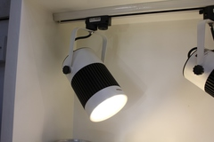 светодиодный потолочный  светильник  01-23  ( led on)