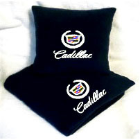 Плед в чехле с логотипом Cadillac