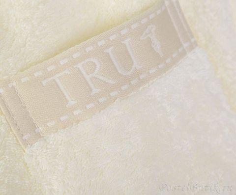 Элитный махровый халат Golf ваниль от Trussardi