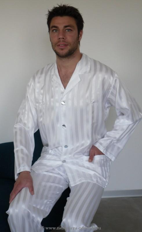 Белая атласная пижама B&B
