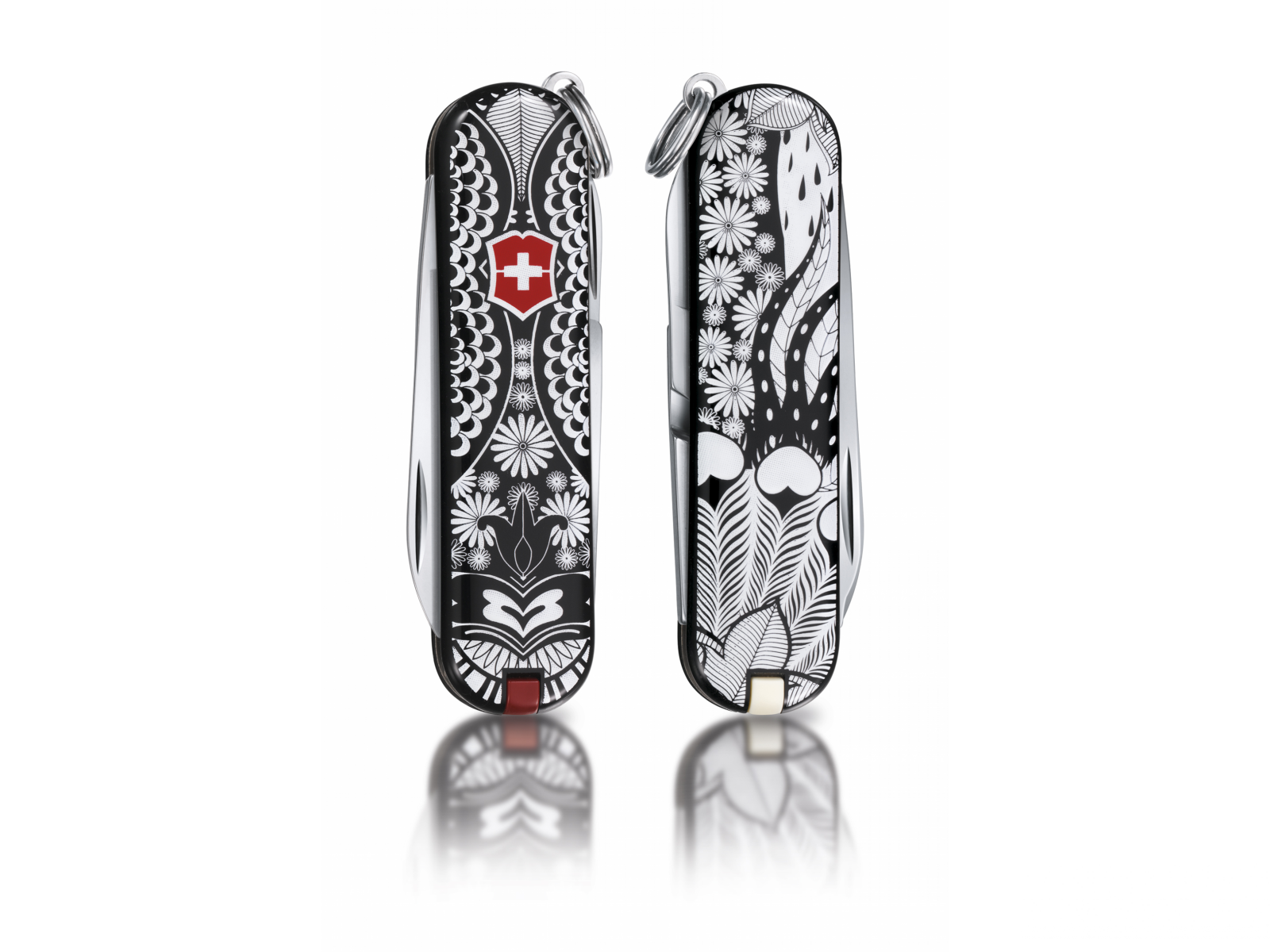 "Classic ""White Shadow"", limited edition 2012 Victorinox (0.6223.L1204)"