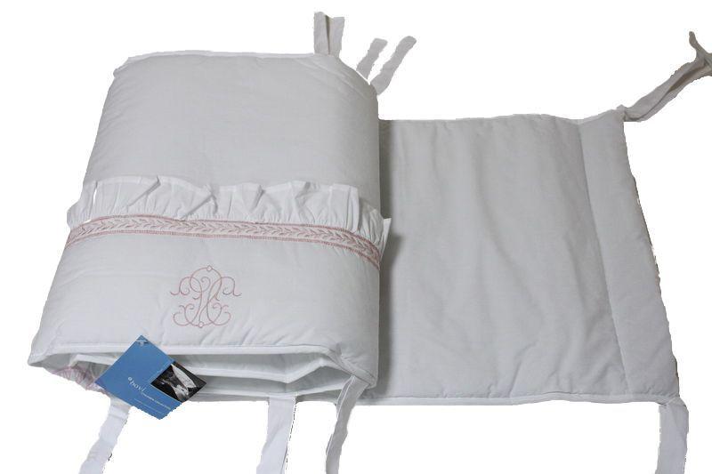 Бамперы Бампер для детской кроватки 185х45 Bovi Вензель бело-розовый bamper-dlya-detskoy-krovatki-venzel-belyy-s-rozovym-ot-bovi-portugaliya.jpg