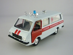RAF-22031 Ambulance 1:43 Agat Mossar Tantal