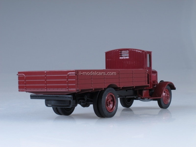 Ya-8 dark red 1:43 Nash Avtoprom