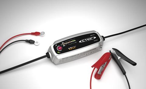 Зарядное устройство для автомобильного аккумулятора CTEK MXS 5.0