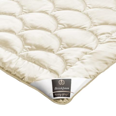 Элитное одеяло шелковое 200х200 Konya от Brinkhaus