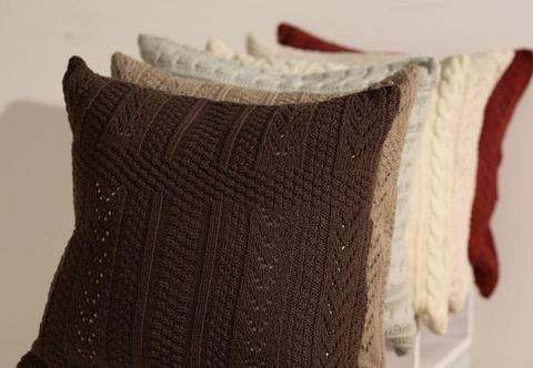 Элитная наволочка декоративная Imperio 1 коричневая от Luxberry