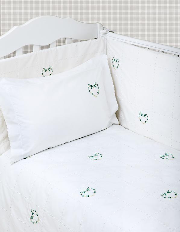 Бамперы для детских кроваток Бампер для детской кроватки 185х45 Bovi Сердечки bamper-dlya-detskoy-krovatki-serdechki-ot-bovi-foto.jpg