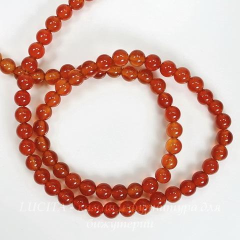 Бусина Сердолик (тониров), шарик, цвет - янтарно-коричневый, 4 мм, нить