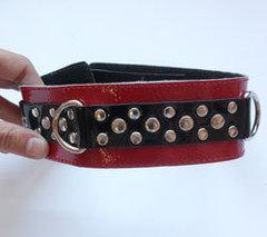 Секс Ошейник для девушки на мягкой подкладке красный лак