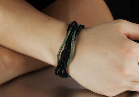 Мужской браслет из кожаного шнура с замочком Steelman mn035