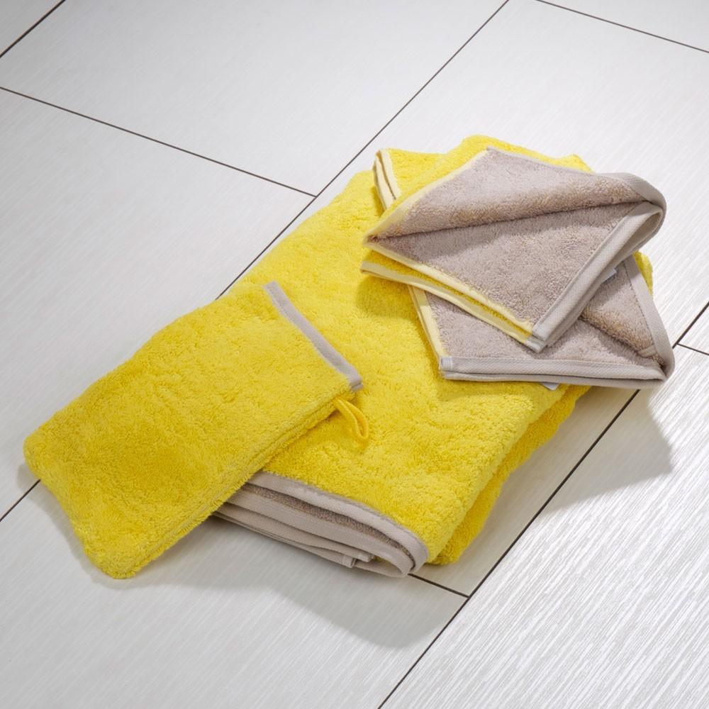 Полотенца Полотенце 30x50 Cawo Instyle 494 желтое elitnoe-polotentse-mahrovoe-instyle-494-uni-zheltoe-ot-cawo-germaniya-obschvid.jpg