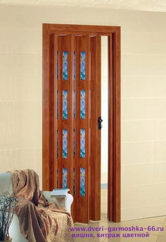 Фото пластиковая дверь