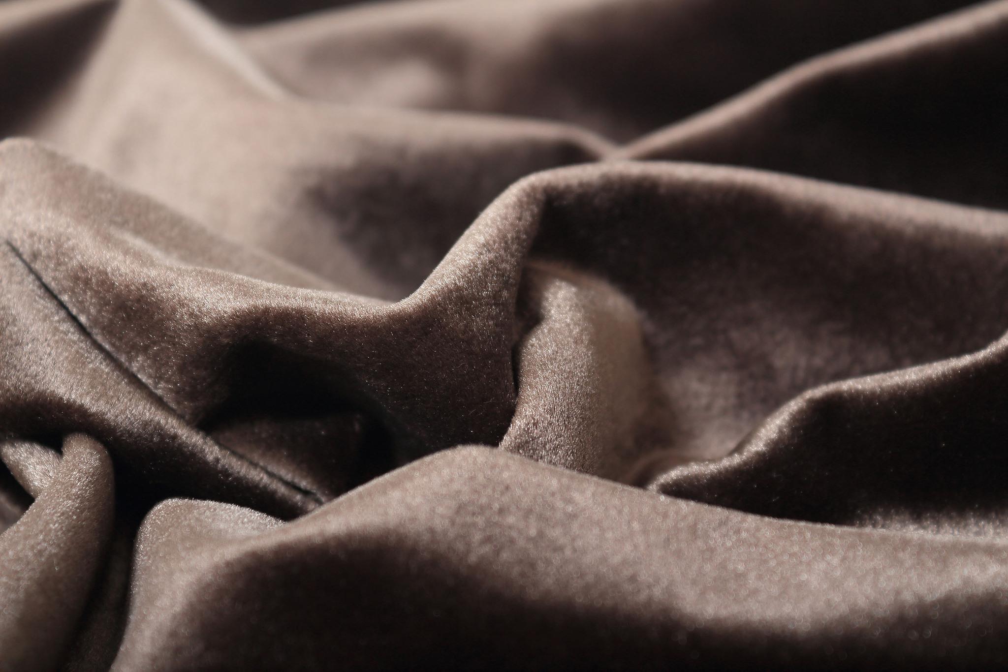 Velour (Sepia). Шторы из велюра из серии Luxe.