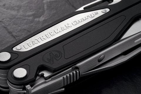 Мультиинструмент полноразмерный Leatherman Charge ALX