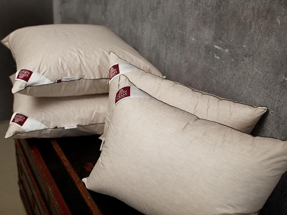 Элитная подушка пуховая Down Cashmere от German Grass