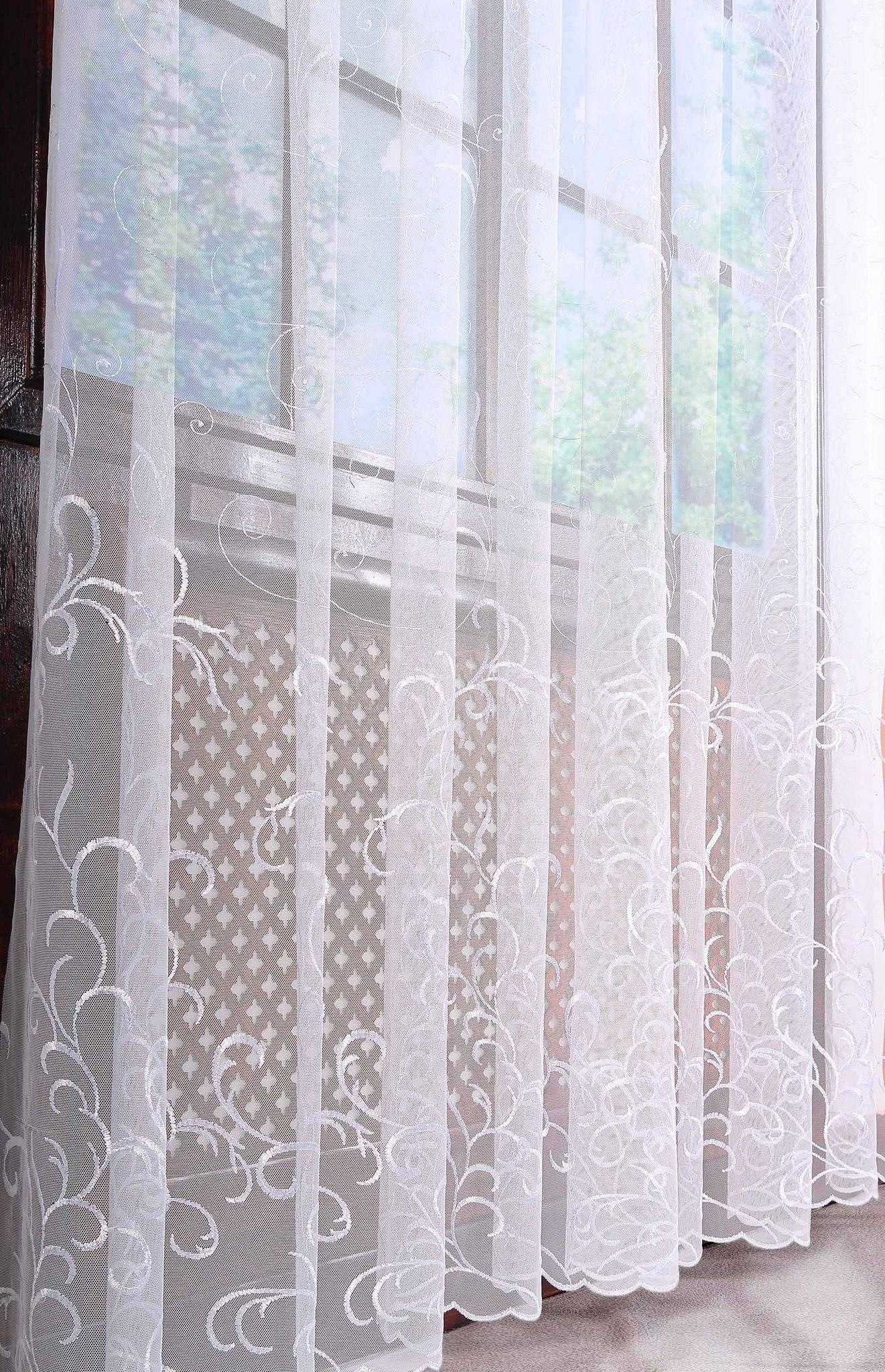 Готовая штора. Французская сетка с вышивкой Веточки (белая)