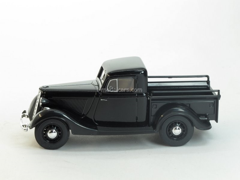 GAZ-M415 Pickup black 1:43 Nash Avtoprom