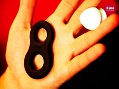 Эрекционное кольцо на член 8ight (d. 1,9 и 2,2 см)