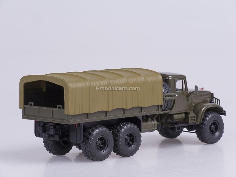 KRAZ-255B1 board with awning 1969 green 1:43 Nash Avtoprom