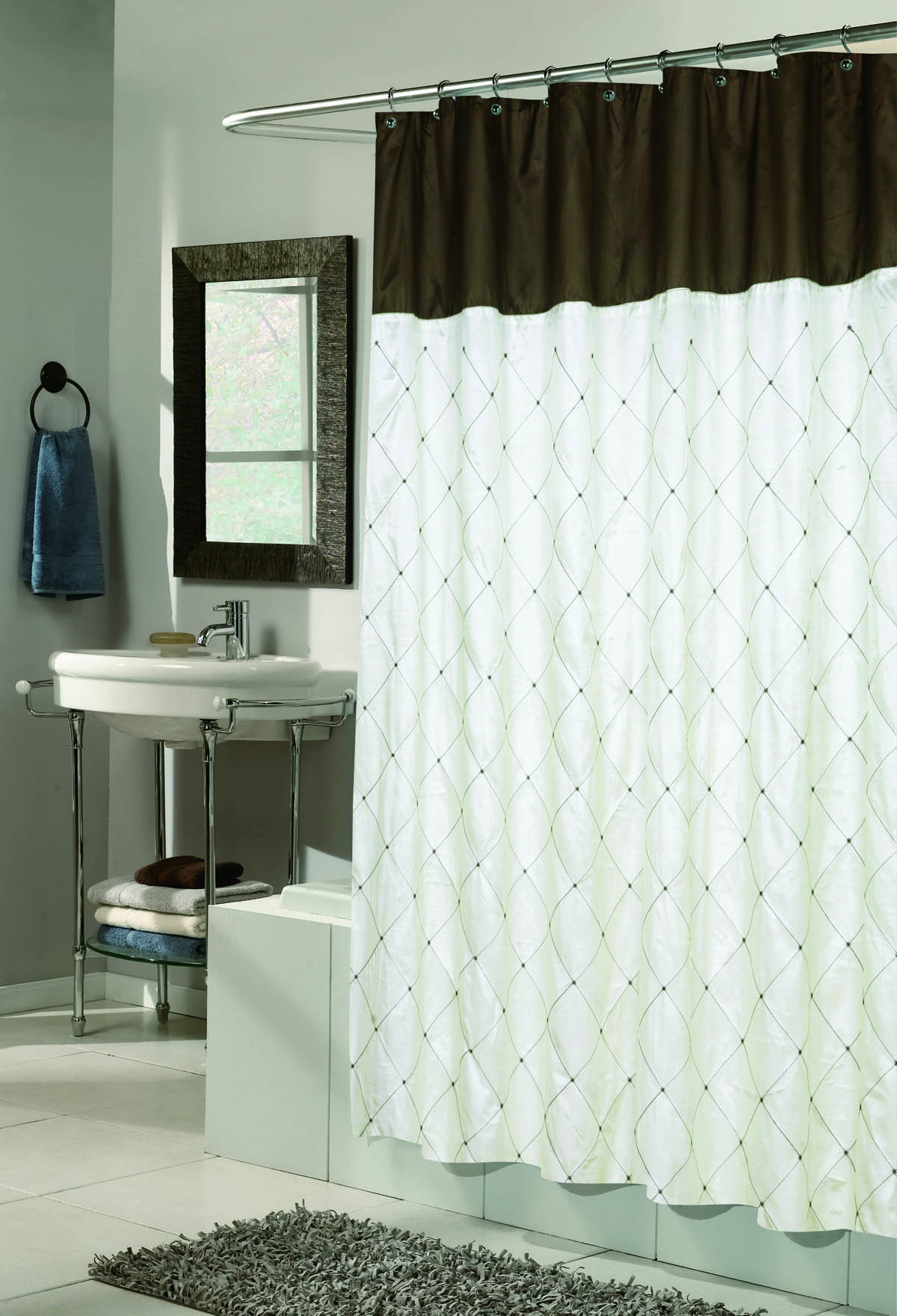 Элитная шторка для ванной Balmoral Ivory от Carnation Home Fashions