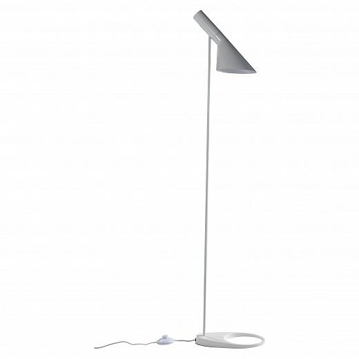 _AJ_Floor_Lamp_delightful_su_7