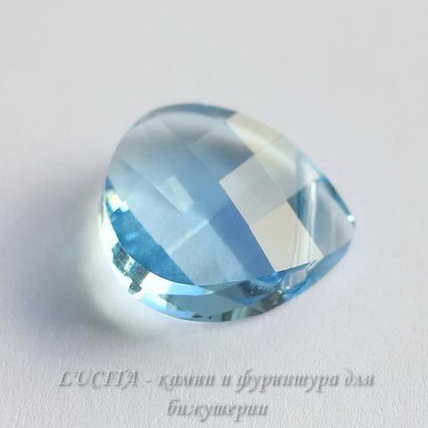 6012 Подвеска Сваровски Flat Briolette Aquamarine (15,4x14 мм) ()