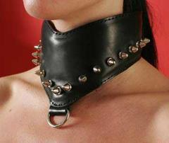 Секс Ошейник для девушки, декорированный шипами