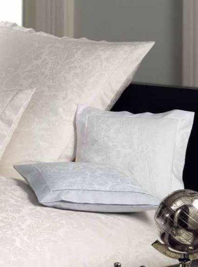 Для сна Элитная наволочка Renaissance белая от Elegante elitnaya-navolochka-renaissance-belaya-ot-elegante-germaniya-1.jpg