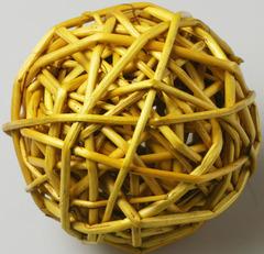 Шар из ротанга желтый диам 7см  1 шт.