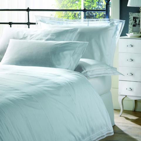 Постельное белье 1.5 спальное Bovi Афродита белое