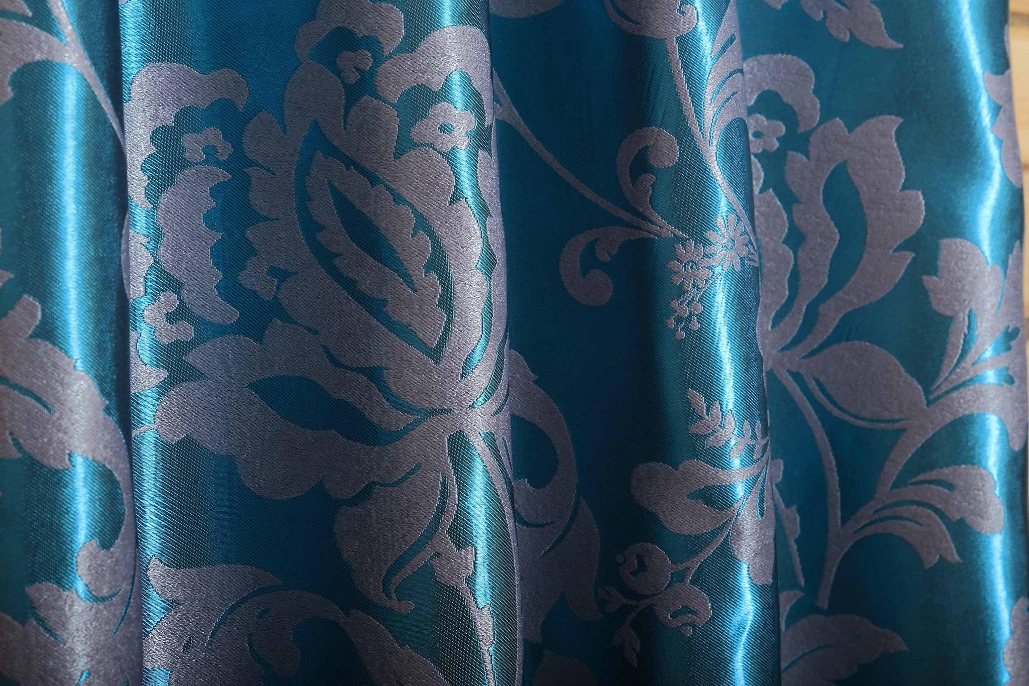 Мирабель (бирюза). Готовая штора блэкаут жаккард с растительным орнаментом из шенила.