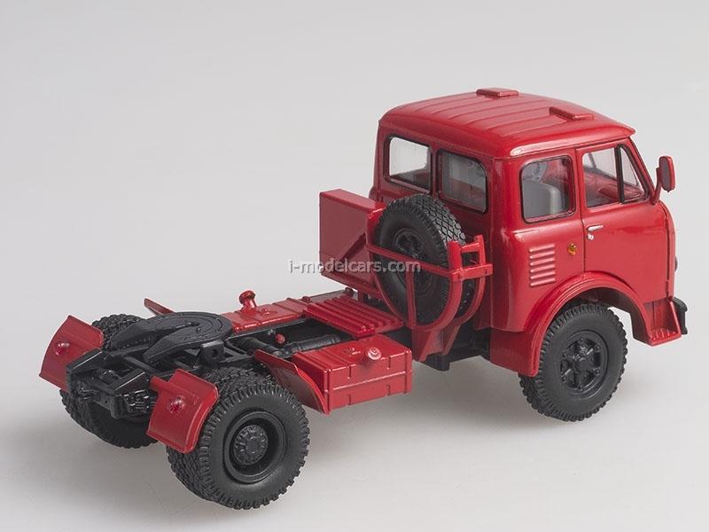 MAZ-504A red 1:43 Nash Avtoprom