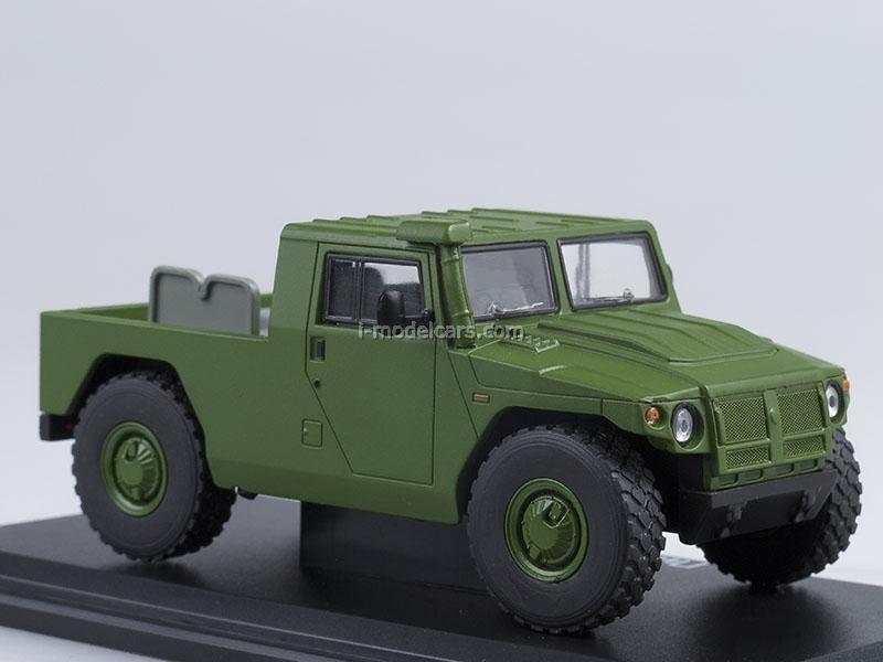 GAZ-233002 Tiger pickup open khaki 1:43 Start Scale Models (SSM)