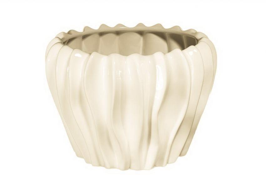 Вазы настольные Элитная ваза декоративная Cream средняя от Sporvil vaza-dekorativnaya-srednyaya-cream-ot-sporvil-iz-portugalii.jpg