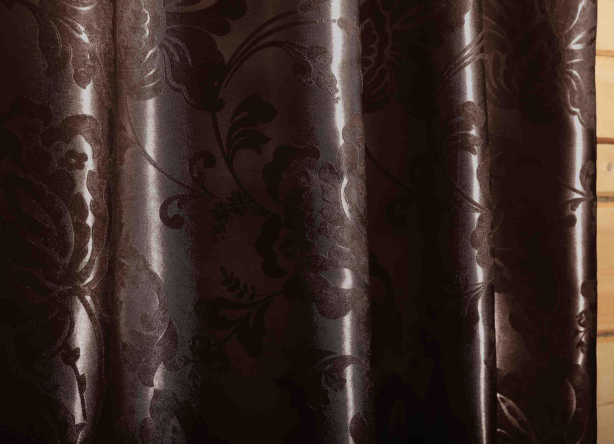 Мирабель (венге). Готовая штора блэкаут жаккард с растительным орнаментом из шенила.