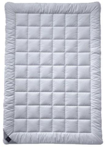 Элитное одеяло 155х200 Sonchai Uno от Billerbeck