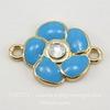 """Коннектор с эмалью """"Голубой цветок"""" (1-1) со стразом 21х15 мм (цвет - золото)"""