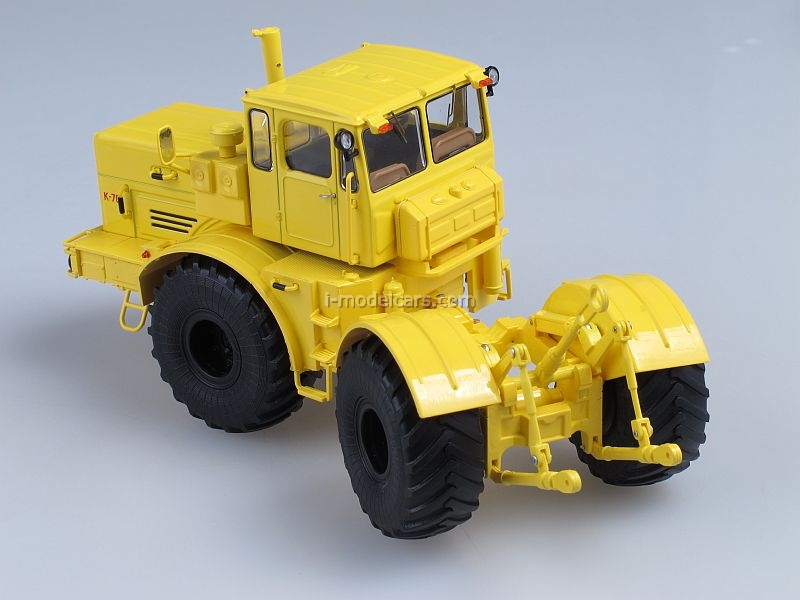 K-701 Kirovets yellow 1:43 Start Scale Models (SSM)